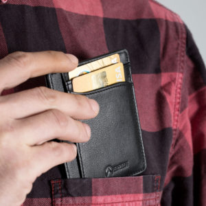 Slim Wallet in your Pocket